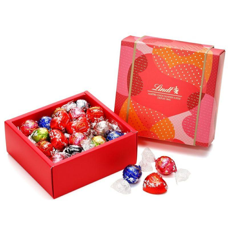 リンツチョコレートLindtバレンタインリンドールクラシックギフトボックス28個入り